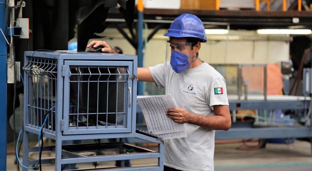 Pese a riesgos, manufactura mexicana sigue siendo atractiva para EUA: Cushman